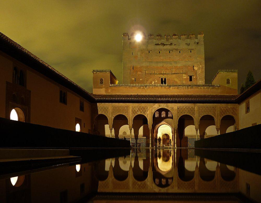 Alhambra, Court of Myrtles in the night