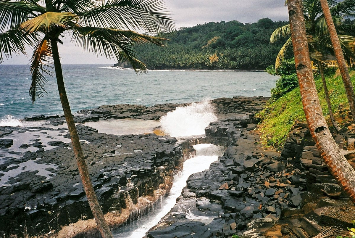 Boca de Inferno, São Tomé