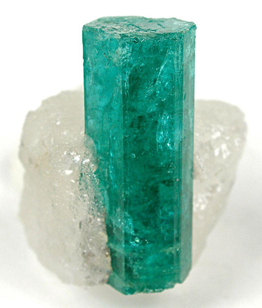 Emerald crystal from Kagem Mines, 2.6 cm long