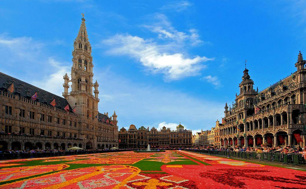 Floral carpet in Grand Place, Brussels
