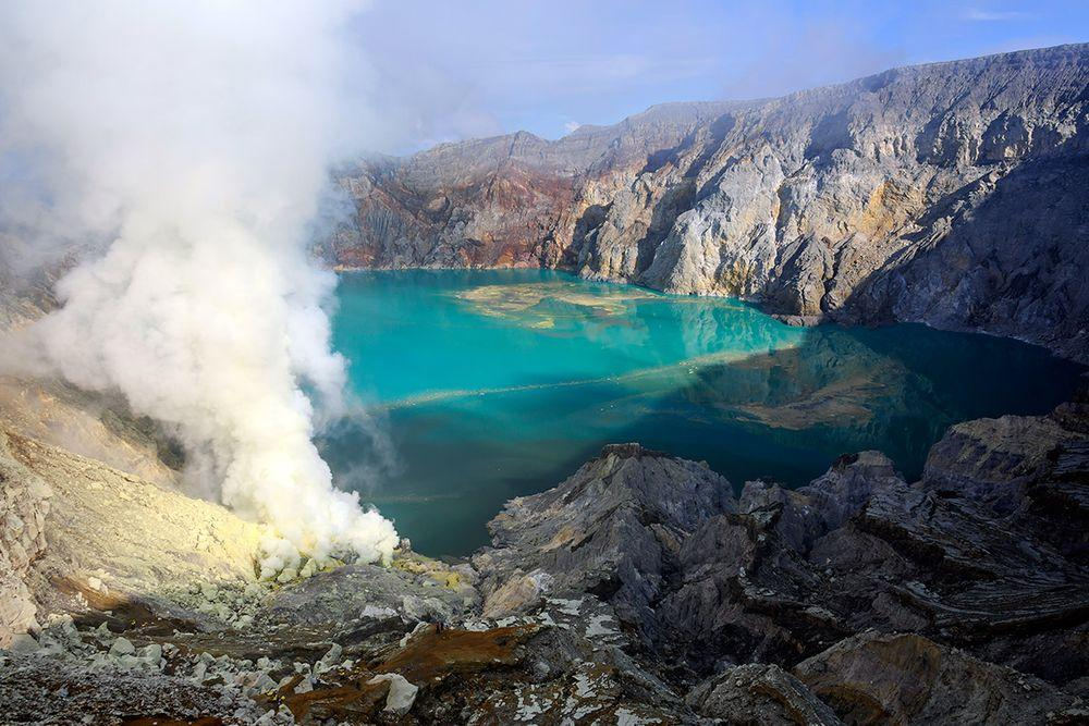 The lake of acid in Ijen Crater, Indonesia