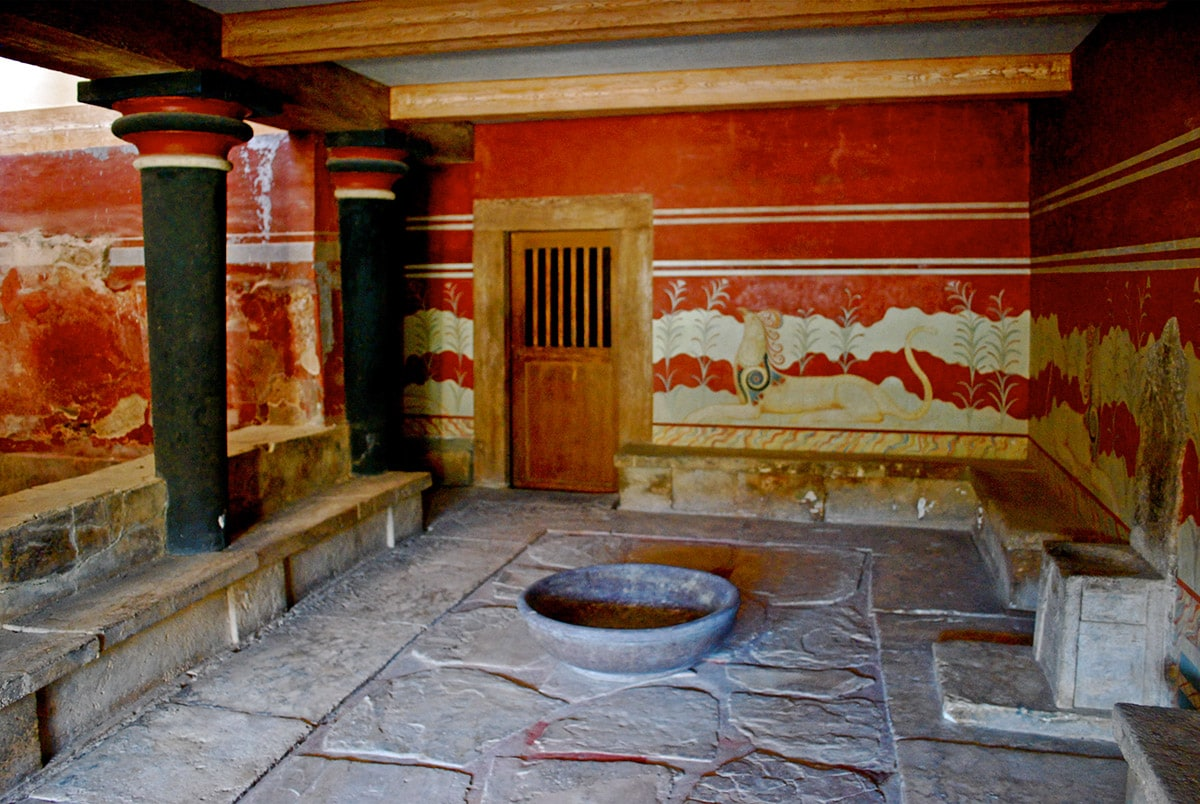 Reconstructed interior in Knossos Palace, Greece