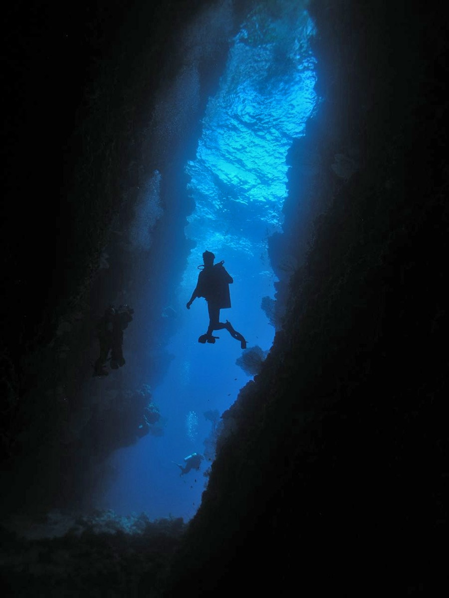 Diving in Leru Cut, Solomon Islands