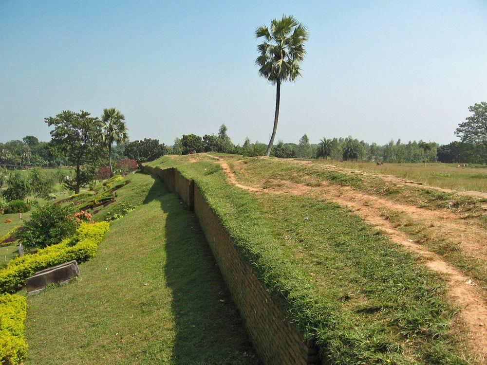 City walls of Mahasthangarh citadel, Bangladesh