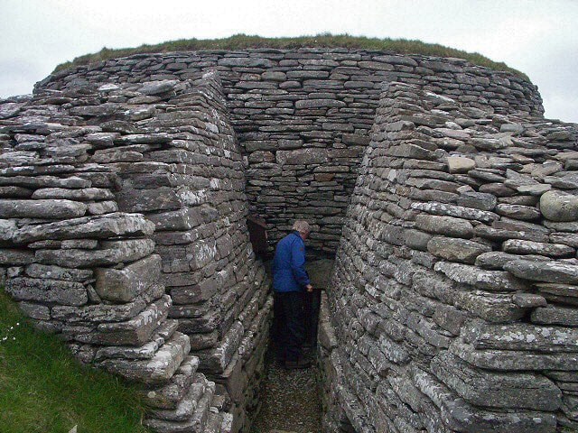 Entrance in Quoyness Cairn, Orkney Islands