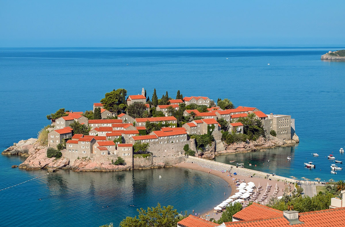 Sveti Stefan, Montenegro: description, attractions and interesting facts 100