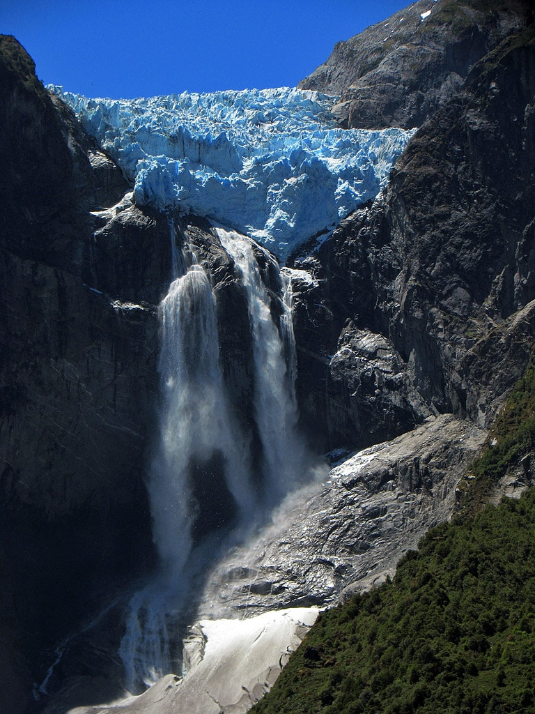 Ventisquero Colgante Falls in summer, Chile