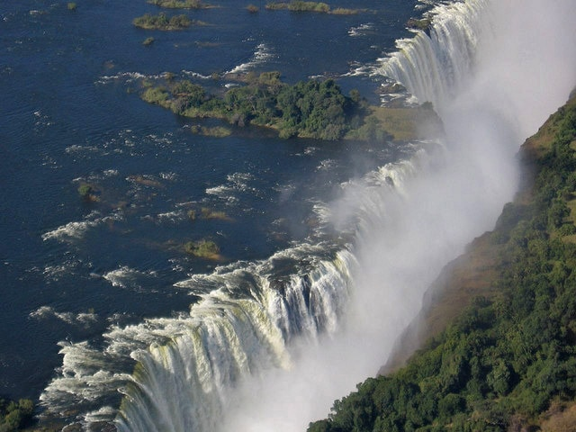 Part of the largest screen of falling water in the world - Mosi-oa-Tunya (Victoria Falls)