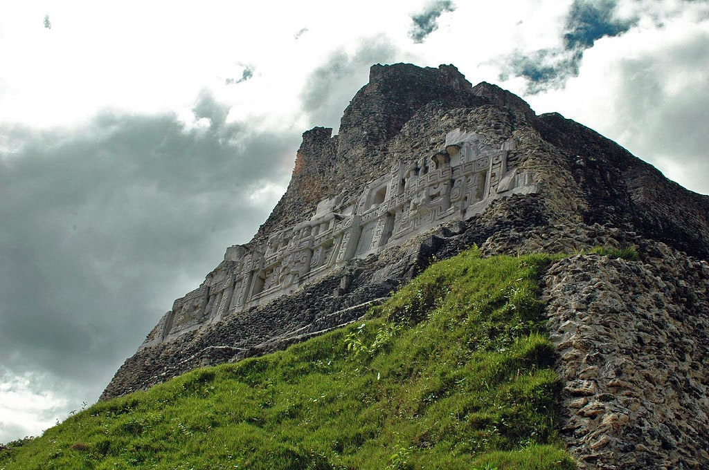 Xunantunich, El Castillo in Belize