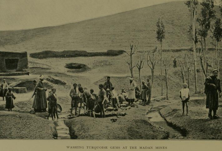 Turquoise mining in Ma'dan in the early 20th century