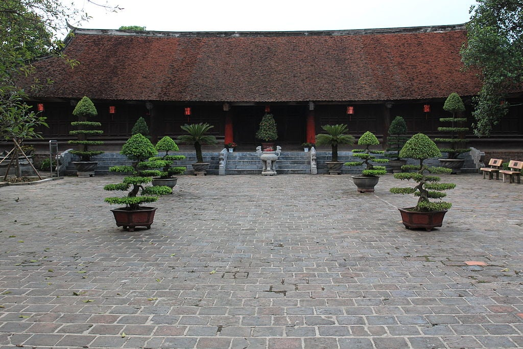 A house in Cổ Loa Citadel