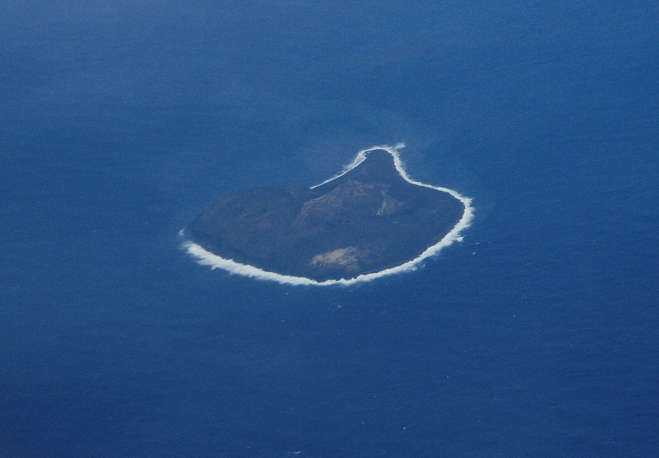 Surtsey from air