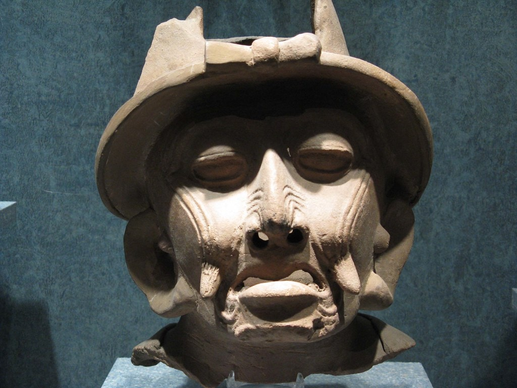 Head of a mythical being from Tres Zapotes
