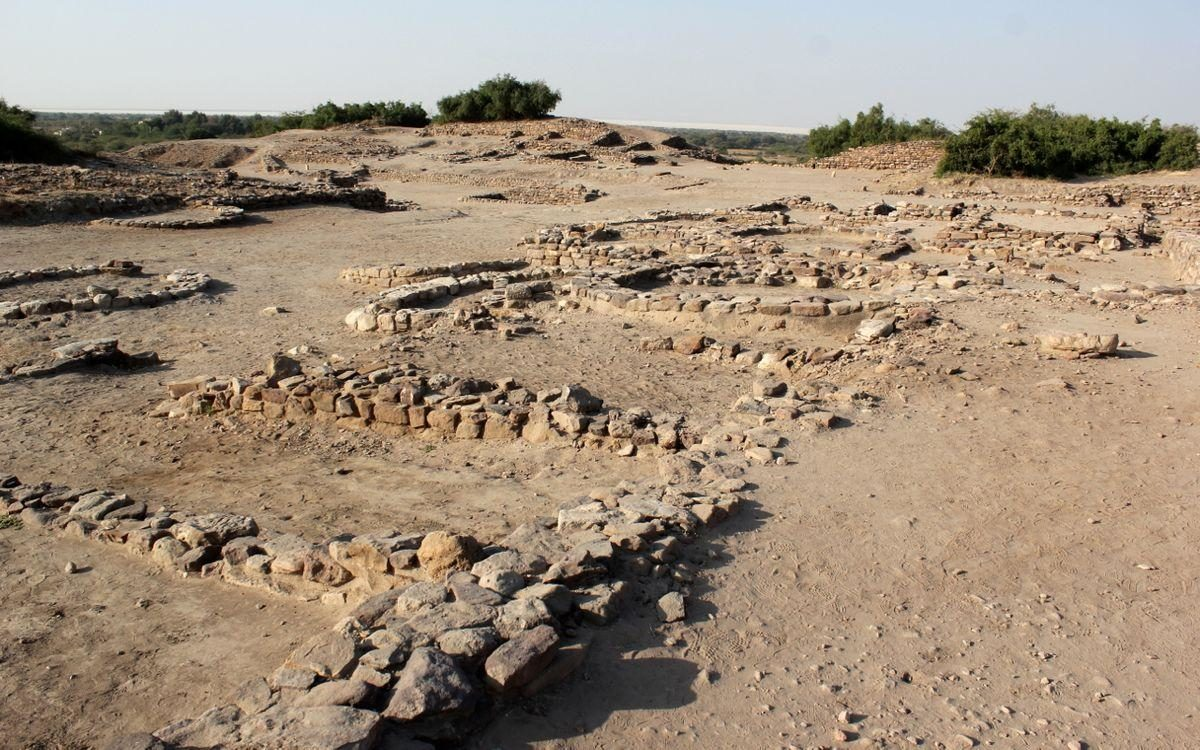 Dholavira, Mound of the Dead