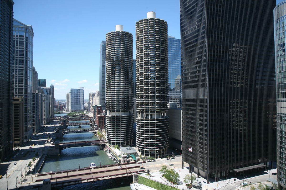 Marina City (in the centre)