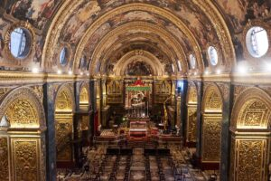 St. Johns Co-Cathedral, opulent interior